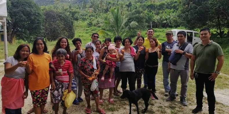 oslob-community-and-charity-works-3_image